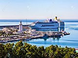 Cruise-ships-in-the-harbor-of-Malaga.jpg