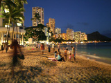 Honolulu_Waikiki_Beach.jpg