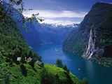 cruise_on_the_fjord.jpg