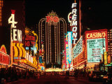 las-vegas-at-night-nevada.jpg
